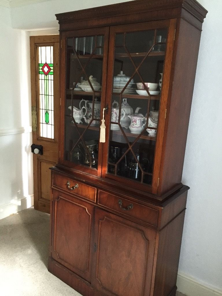 Dark Wood Display Cabinets 63 With Pertaining To Proportions 768 X 1024