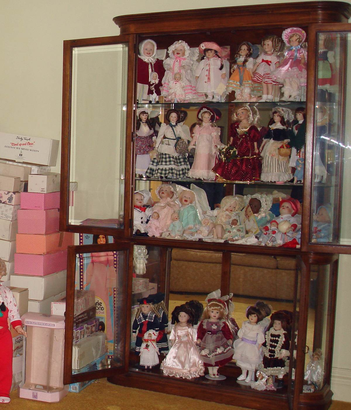 Exceptionnel Display Cabinet For Dolls Seeshiningstars With Regard To Size 1200 X 1400