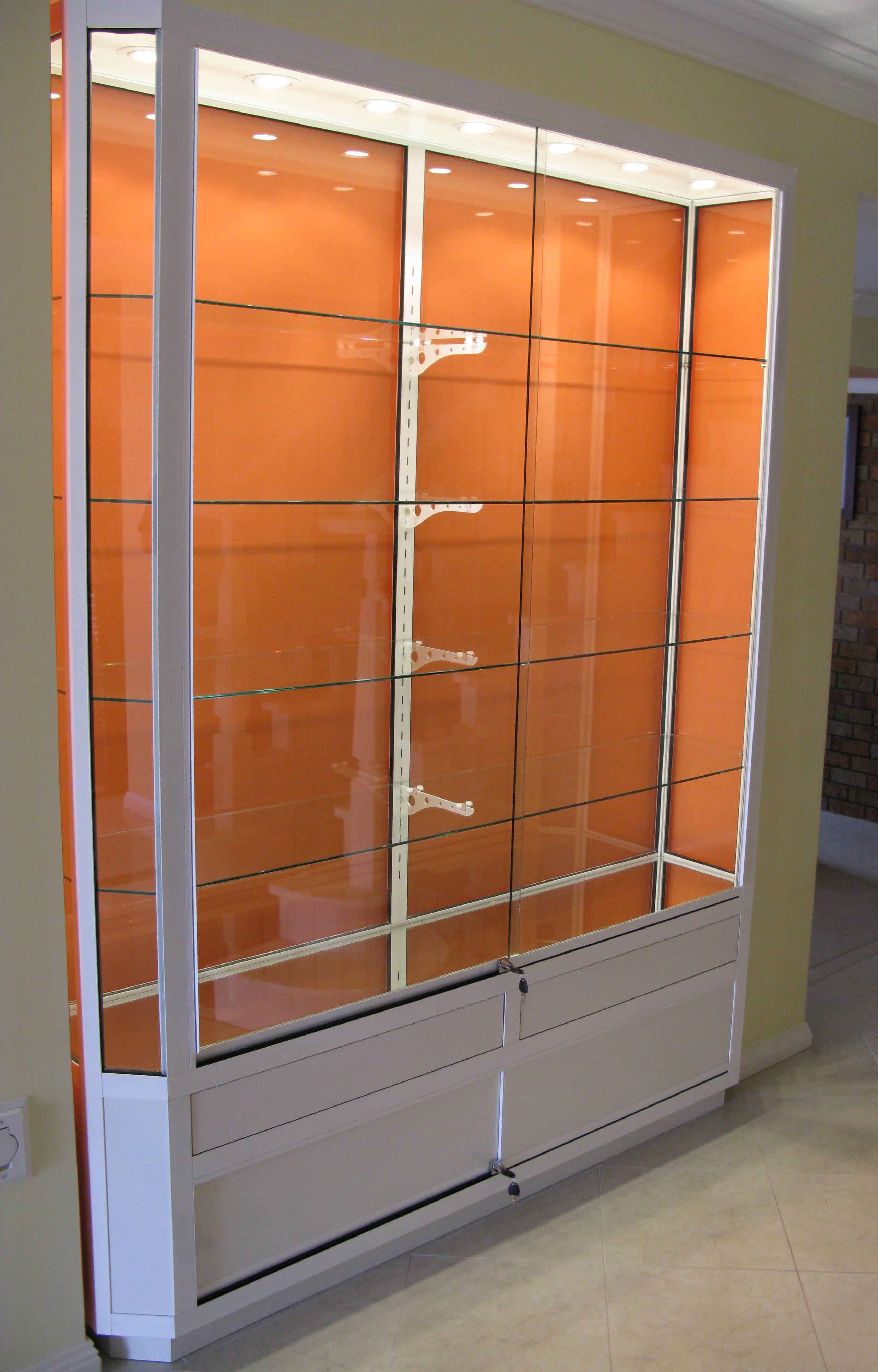 Outdoor Wall Mounted Display Cabinet Display Cabinet