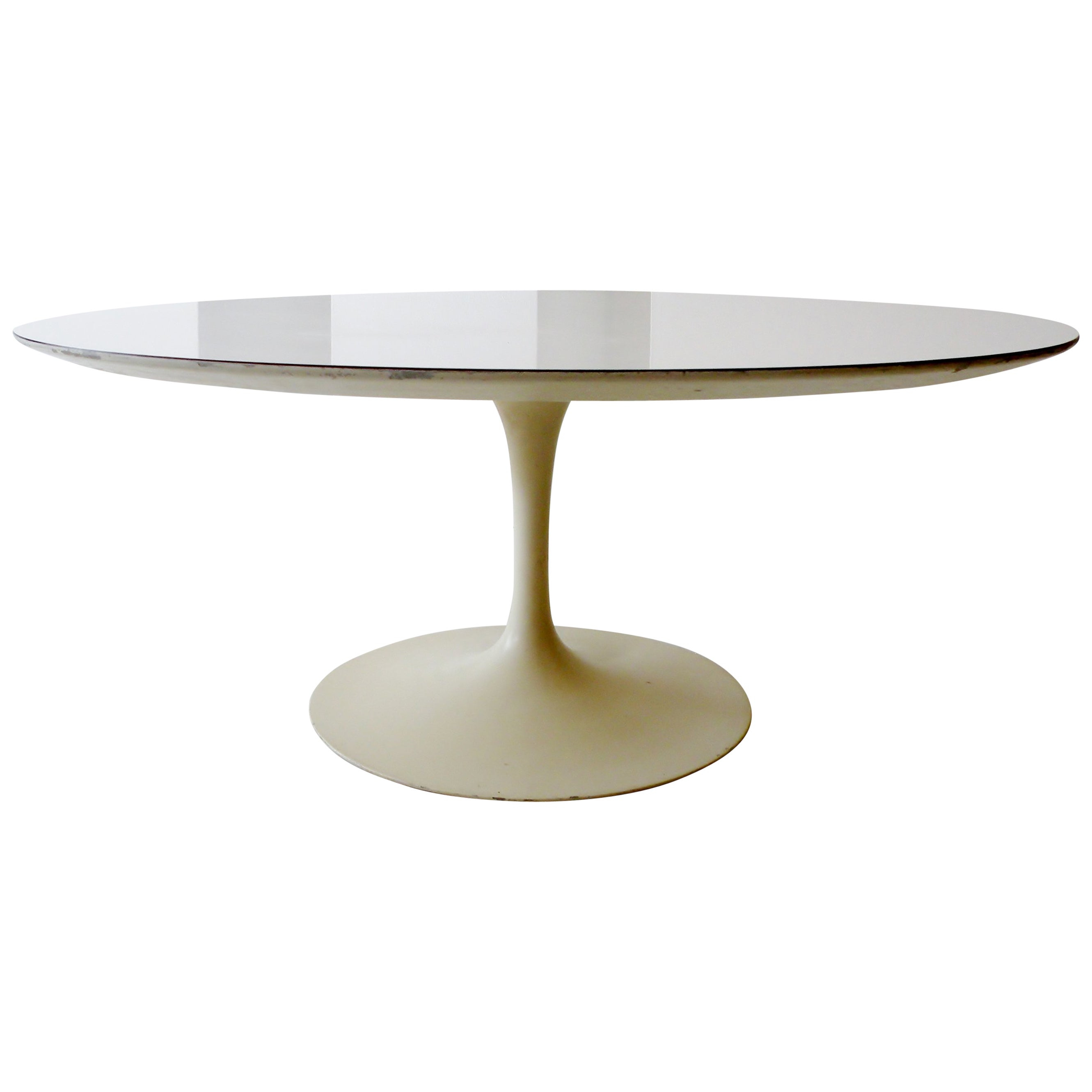 1960s Eero Saarinen For Knoll Assoc Round Coffee Cocktail Table For within dimensions 2661 X 2661