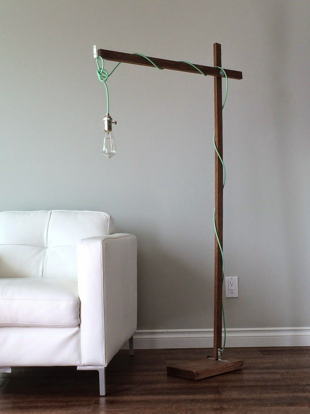 Modern Wood Floor Lamp From A 1x2 Diy Floor Lamp Wood regarding size 1000 X 1333